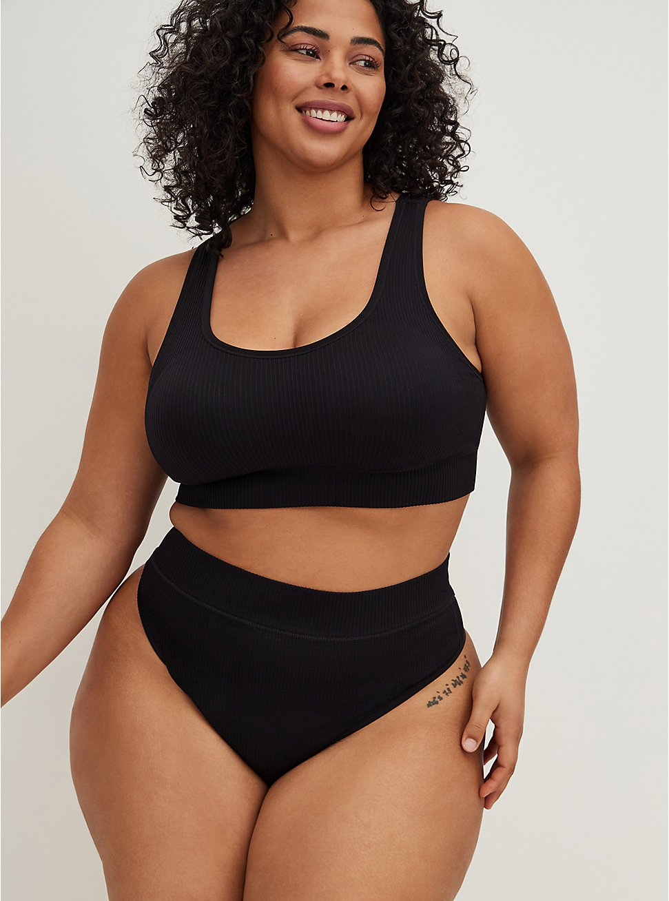 Black Rib Scoop Neck Seamless Bralette, RICH BLACK, hi-res