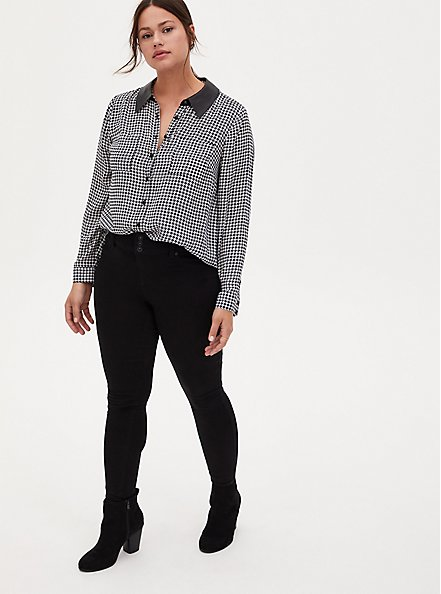Black & White Houndstooth Georgette Faux Leather Collar Button Front Blouse, PLAID - BLACK, alternate