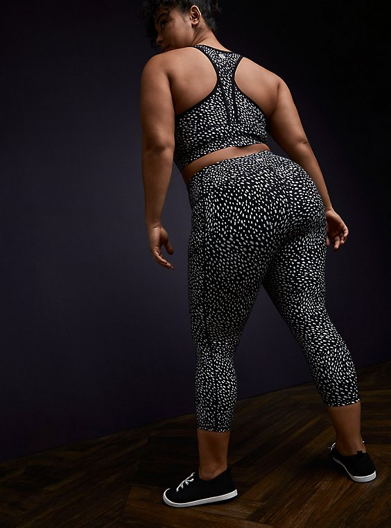 Plus Size Black Reflective Dots Crop Wicking Active Legging with Pockets, , hi-res