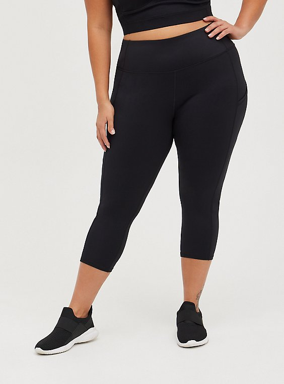 Black Capri Active Lightweight Legging with Pockets, BLACK, hi-res