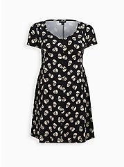 Plus Size Black Skulls Stretch Challis Button Dress, SKULL - BLACK, hi-res