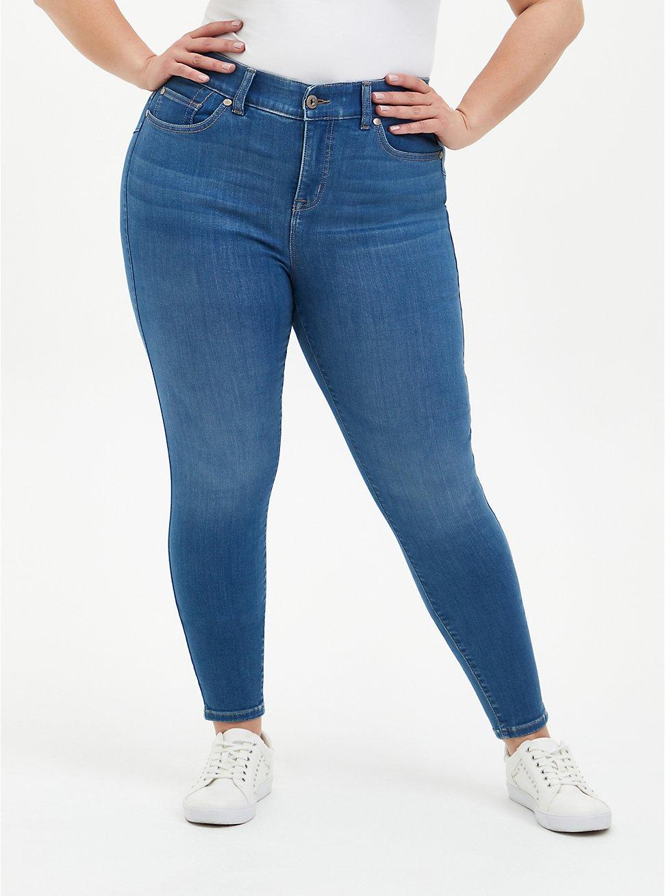 Bombshell Skinny Jean - Super Soft Medium Wash, DISCO FEVER, hi-res