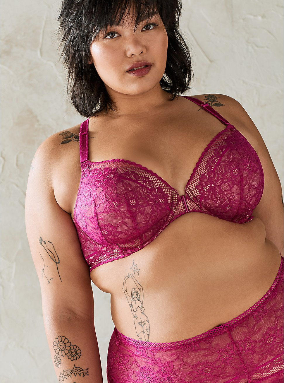 Plus Size Fuchsia Lace Lightly Lined Front Closure T-Shirt Bra, , fitModel1-hires