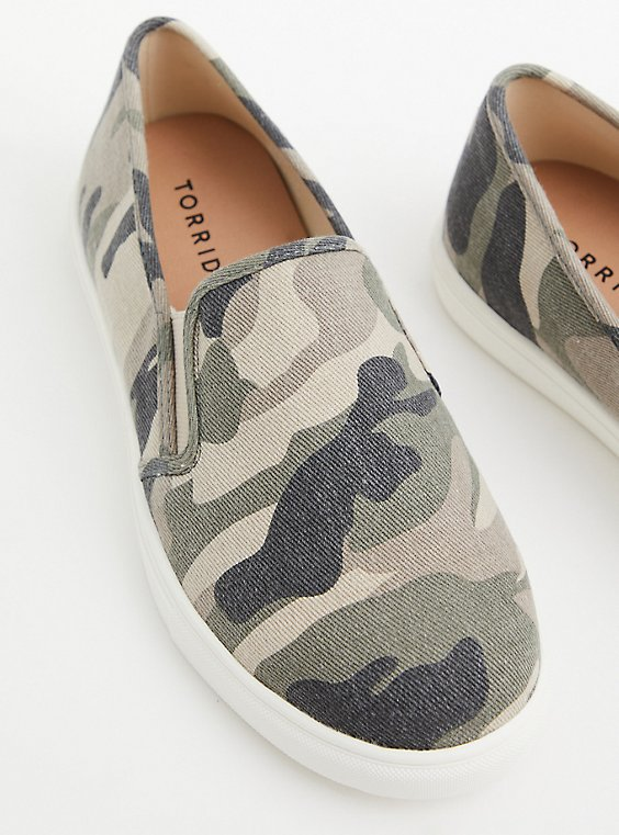 Camo Canvas Slip-On Sneaker (WW), CAMO, hi-res