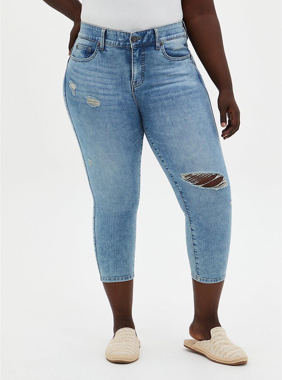 Crop Bombshell Skinny Jean - Premium Stretch Eco Light Wash, , fitModel1-hires
