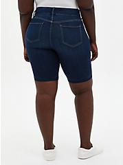 Jegging Bermuda Short - Super Soft Dark Wash, , fitModel1-alternate