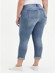 Boyfriend Straight Jean - Vintage Stretch Medium Wash, NO WAY JOSE, alternate