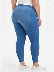 Bombshell Skinny Jean - Super Soft Eco Medium Wash, HIP HUGGER, alternate