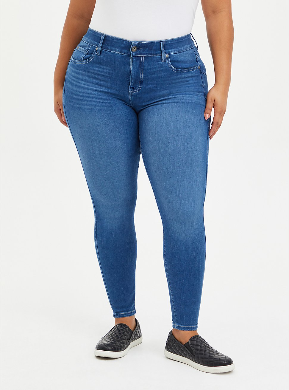 Bombshell Skinny Jean - Premium Stretch Eco Medium Wash, CHELSEA, hi-res