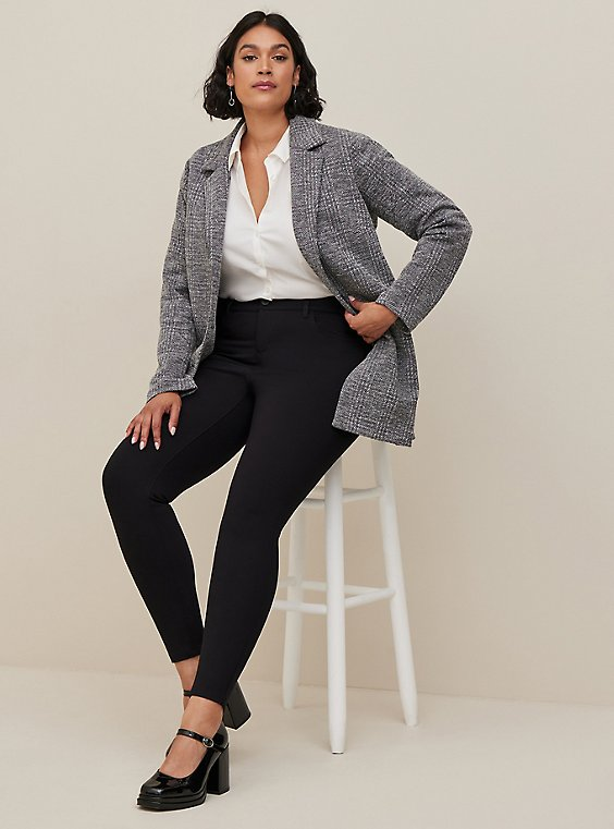 Studio Signature Stretch Black Premium Ponte Skinny Pant, , hi-res